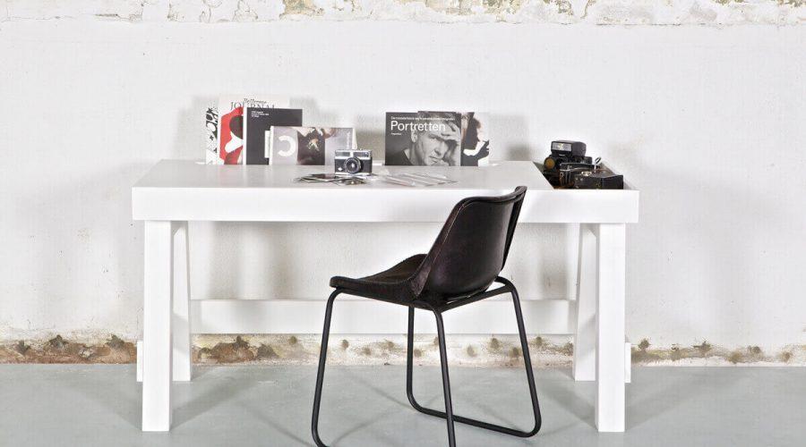 biurko w skandynawskim stylu